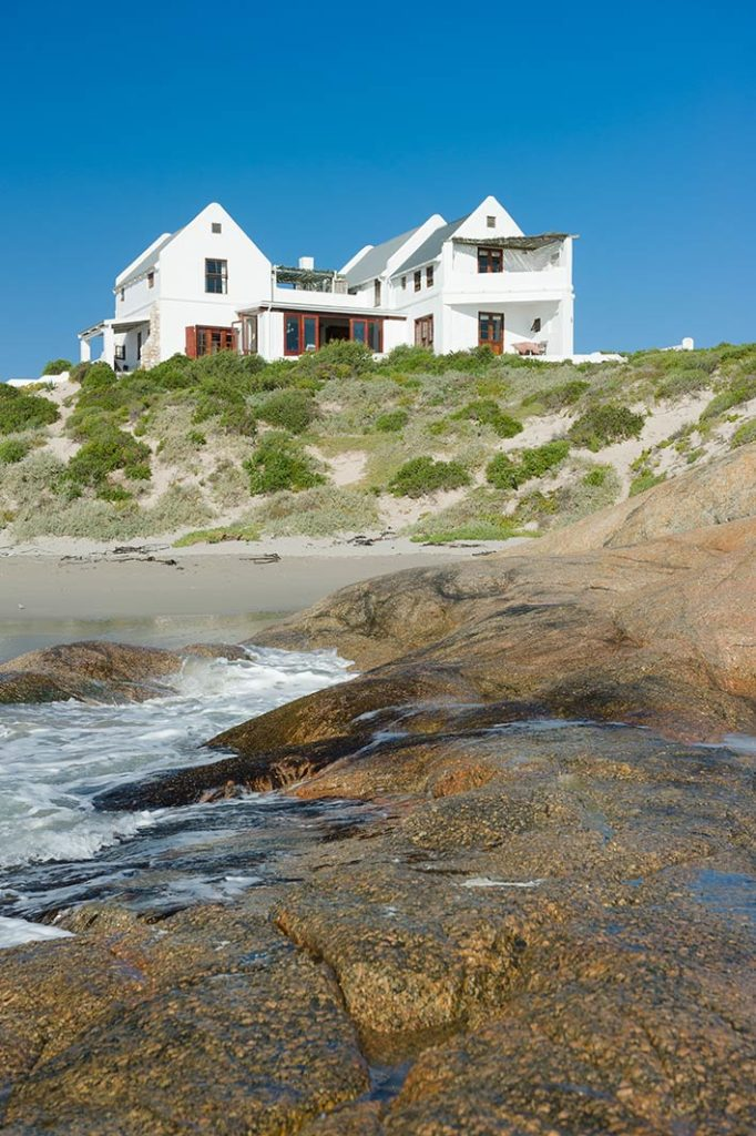 african-mag-places-we-love--the-oystercatchers-haven-gal-img-37